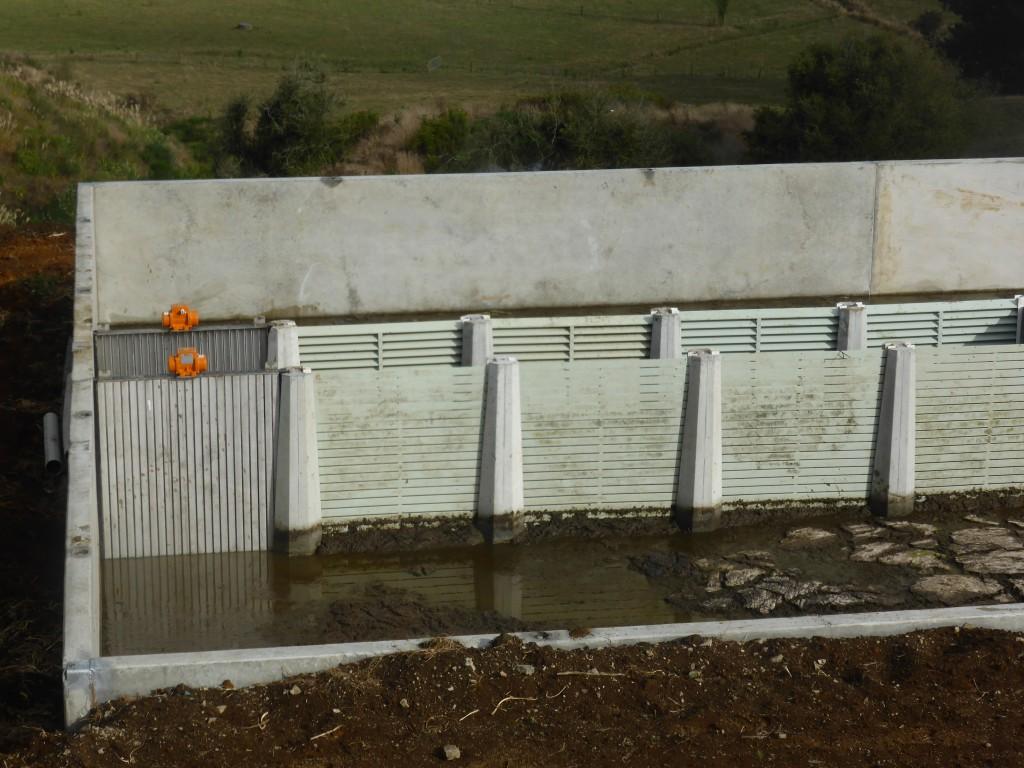 Vibe Panel Vibrating Weeping Wall Pumpn